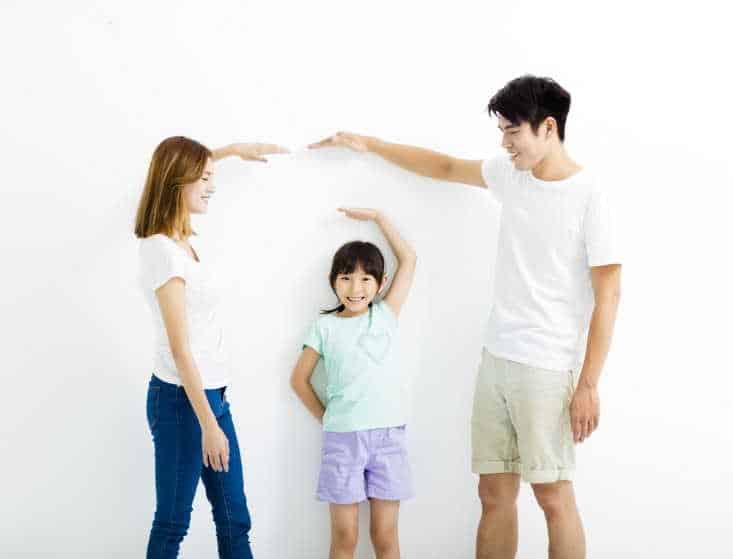 Cha mẹ cần bổ sung canxi cho trẻ cần đúng theo độ tuổi